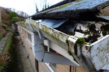Gutter Clearance in Tewkesbury